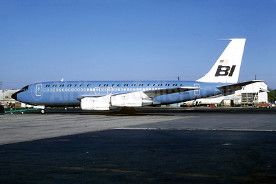 Braniff International Airways (1st) Boeing 707-138B N108BN (msn 18740) ATL (Bruce Drum). Image: 102304.