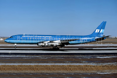 Braniff International Airways (1st) Douglas DC-8-51 N821E (msn 45877) DEN (John B. Hayes - Rob Rindt Collection). Image: 947914.