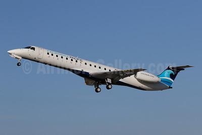 California Pacific Airlines Embraer ERJ 145ER (EMB-145ER) N286SK (msn 145443) CLD (James Helbock). Image: 944866.