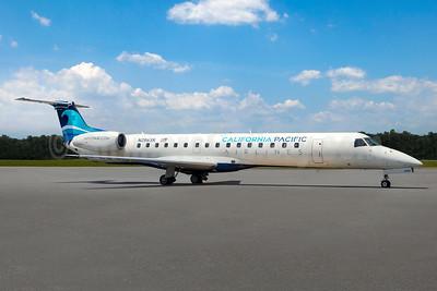 California Pacific Airlines Embraer ERJ 145ER (EMB-145ER) N286SK (msn 145443) (California Pacific). Image: 943324.
