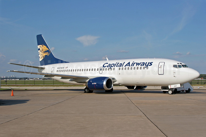 Capital Airways (2nd) Boeing 737-301 N501UW (msn 23231) IAH (Jeffrey S. DeVore). Image: 903862.