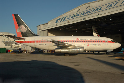 Casino Express Airlines Boeing 737-282 N344TM (msn 23044) (Red Lions Hotels and Inns) MIA (Bruce Drum). Image: 100535.
