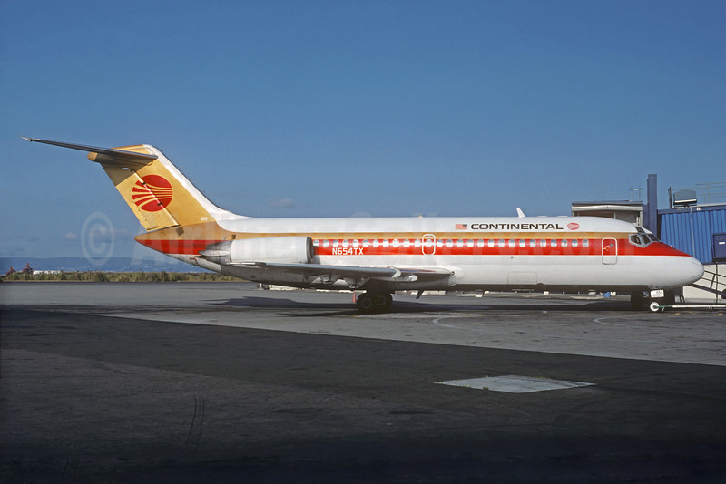 Continental Airlines Douglas DC-9-14 N654TX (msn 45735) (Christian Volpati Collection). Image: 934218.