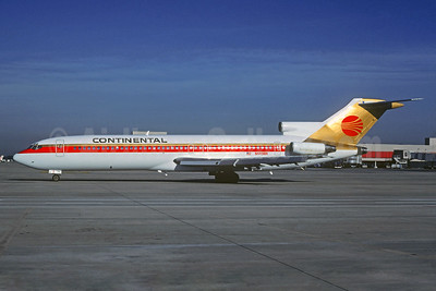 Continental Airlines Boeing 727-227 N449BN (msn 21363) ATL (Christian Volpati Collection). Image: 930284.