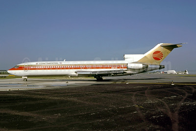 Continental Airlines Boeing 727-224 N32722 (msn 20464) MIA (Nigel P. Chalcraft - Bruce Drum Collection). Image: 947142.