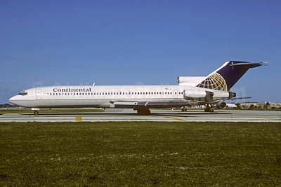 Continental Airlines Boeing 727-243 N17406 (msn 21269) FLL (Christian Volpati Collection). Image: 930285.
