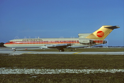 Continental Airlines Boeing 727-243 N580PE (msn 21663) (Peoplexpress colors) FLL (Christian Volpati Collection). Image: 930288.