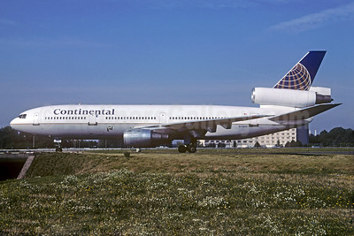 Continental Airlines McDonnell Douglas DC-10-30 N13086 (msn 46917) CDG (Christian Volpati Collection). Image: 932381.