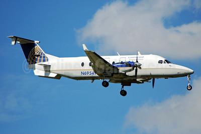 Continental Connection-Gulfstream International Airlines Beech (Raytheon) 1900D N69549 (msn UE-194) MIA (Bruce Drum). Image: 101722.