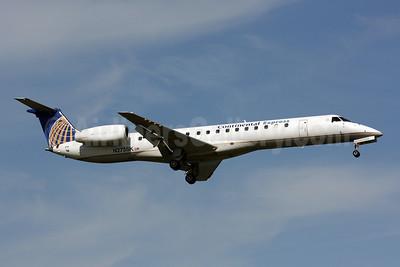 Continental Express-Chautauqua Airlines Embraer ERJ 145LR (EMB-145LR) N275SK (msn 145345) DCA (Brian McDonough). Image: 904537.