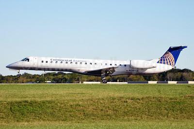 Continental Express-Chautauqua Airlines Embraer ERJ 145LR (EMB-145LR) N291SK (msn 145486) CLE (Angelo Ballachino). Image: 145486.