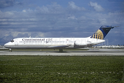 Continental Lite (Continental Airlines) McDonnell Douglas DC-9-32 N14524 (msn 47539) FLL (Christian Volpati Collection). Image: 939456.