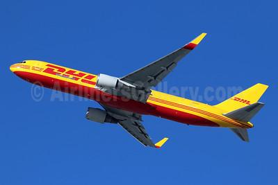 DHL-Kalitta Air (2nd) Boeing 767-304 ER WL N284DH (msn 28040) LAX (Michael B. Ing). Image: 944622.