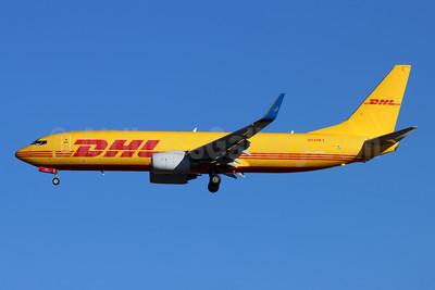DHL - iAero Airways Boeing 737-86N (F) WL N737KT (msn 28619) LAX (Michael B. Ing). Image: 952377.