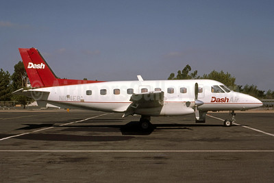 Dash Air Embraer EMB-110P1 Bandeirante N104EB (msn 110421) (Seymour A. Hills - Bruce Drum Collection). Image: 951633.
