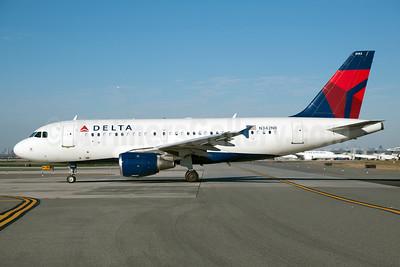 Delta Air Lines Airbus A319-114 N342NB (msn 1745) JFK (Fred Freketic). Image: 930116.
