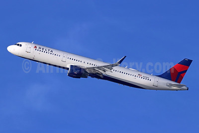 Delta Air Lines Airbus A321-211 WL N318DX (msn 7441) LAX (Michael B. Ing). Image: 946479.