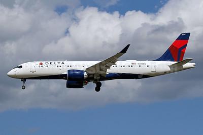 Delta Air Lines Airbus A220-300 (CS300 BD-500-1A11) N305DU (msn 55084) DCA (Brian McDonough). Image: 954343.