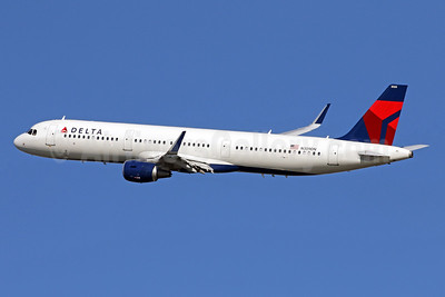 Delta Air Lines Airbus A321-211 WL N309DN (msn 7268) DCA (Brian McDonough). Image: 941522.