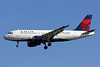 Delta Air Lines Airbus A319-114 N326NB (msn 1498) DCA (Brian McDonough). Image: 905746.