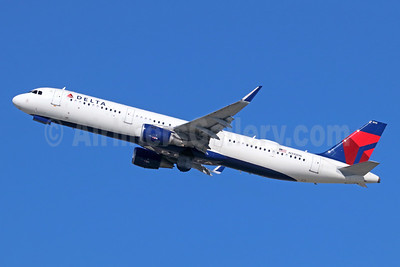 Delta Air Lines Airbus A321-211 WL N310DN (msn 7293) LAX (Michael B. Ing). Image: 941523.