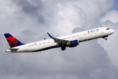 Delta Air Lines Airbus A321-211 WL N311DN (msn 7304) FLL (Jay Selman). Image: 403437.