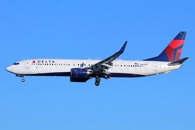 Delta Air Lines Boeing 737-932 ER WL N823DN (msn 31934) SEA (Michael B. Ing). Image: 937951.