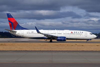 Delta Air Lines Boeing 737-832 WL N3756 (msn 30493) SEA (Michael B. Ing). Image: 943068.