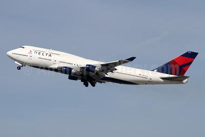 Delta Air Lines Boeing 747-451 N670US (msn 24225) LAX (Ron Monroe). Image: 944249.