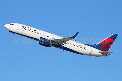 Delta Air Lines Boeing 737-832 WL N3748Y (msn 30489) LAX (Michael B. Ing). Image: 944235.