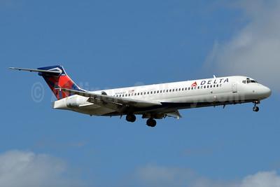 Delta Air Lines Boeing 717-2BD N948AT (msn 55011) PBI (Jay Selman). Image: 403558.