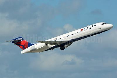 Delta Air Lines Boeing 717-2BD N938AT (msn 55098) FLL (Jay Selman). Image: 402854.
