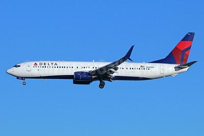 Delta Air Lines Boeing 737-932 ER SSWL N848DN (msn 31959) SEA (Michael B. Ing). Image: 937944.