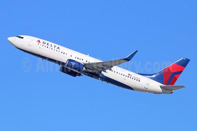 Delta Air Lines Boeing 737-832 WL N3760C (msn 30816) LAX (Michael B. Ing). Image: 944239.