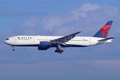 Delta Air Lines Boeing 777-232 ER N867DA (msn 29743) LAX (Michael B. Ing). Image: 940511.