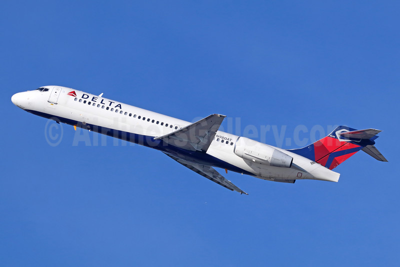 Delta Air Lines Boeing 717-2BD N980AT (msn 55039) LAX (Michael B. Ing). Image: 929068.