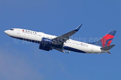 Delta Air Lines Boeing 737-832 WL N3753 (msn 32626) LAX (Michael B. Ing). Image: 944236.