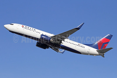 Delta Air Lines Boeing 737-832 WL N3767 (msn 30821) ANC (Michael B. Ing). Image: 944240.