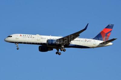 Delta Air Lines Boeing 757-251 WL N540US (msn 26487) LAX (Jay Selman). Image: 402962.