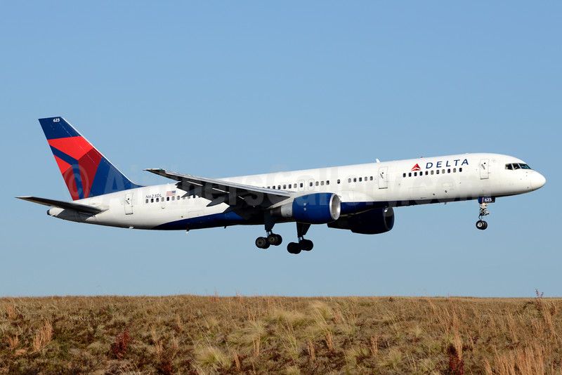 Delta Air Lines Boeing 757-232 N623DL (msn 22913) ATL (Jay Selman). Image: 403383.