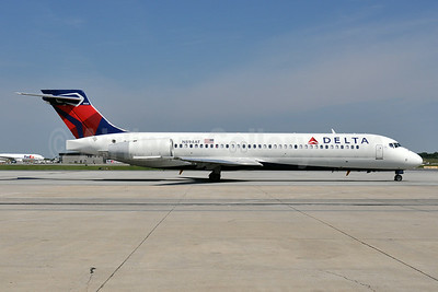 Delta Air Lines Boeing 717-2BD N894AT (msn 55003) BWI (Tony Storck). Image: 923134.