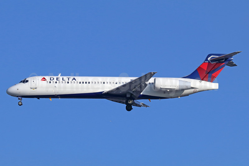Delta Air Lines Boeing 717-2BD N964AT (msn 55025) LAX (Michael B. Ing). Image: 937942.