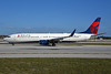 Delta Air Lines Boeing 737-932 ER WL N832DN (msn 31943) FLL (Bruce Drum). Image: 104483.