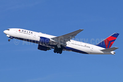 Delta Air Lines Boeing 777-232 ER N864DA (msn 29736) LAX (Michael B. Ing). Image: 936740.