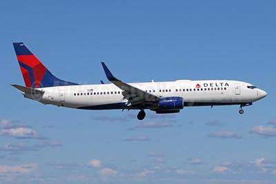 Delta Air Lines Boeing 737-832 WL N378DA (msn 30265) ANC (Michael B. Ing). Image: 944242.