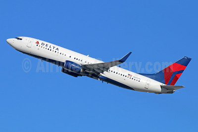 Delta Air Lines Boeing 737-832 WL N3757D (msn 30813) LAX (Michael B. Ing). Image: 944238.