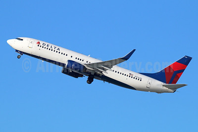 Delta Air Lines Boeing 737-832 WL N3764D (msn 30818) LAX (Michael B. Ing). Image: 927123.