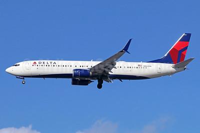 Delta Air Lines Boeing 737-932 ER SSWL N864DN (msn 31974) LAX (Michael B. Ing). Image: 937947.