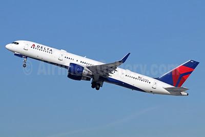 Delta Air Lines Boeing 757-231 WL N711ZX (msn 28481) LAX (Michael B. Ing). Image: 936250.