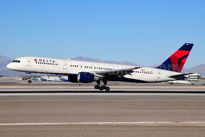 Delta Air Lines Boeing 757-232 N673DL (msn 25978) LAS (Ton Jochems). Image: 954375.